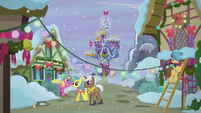 Ponies decorate town for Hearth's Warming S5E20