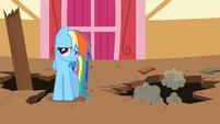 Rainbow Dash cringe S02E14