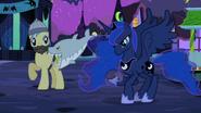 S02E04 Luna i zabawa