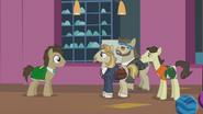 S05E09 Dr. Hooves spotyka Jeffa Letrotskiego i jego przyjaciół