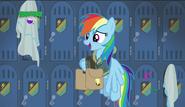 S06E24 Rainbow Dash wraca po torbę