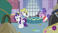 S2E05 Rarity grin