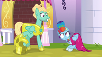 Zephyr Breeze happy to see Rainbow Dash S9E4