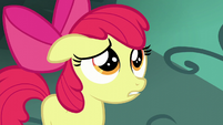 Apple Bloom listening to Big Mac S5E17
