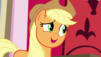 Applejack feeling flattered S4E09