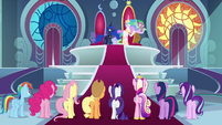 Celestia addressing Mane Six and Cadance S8E25