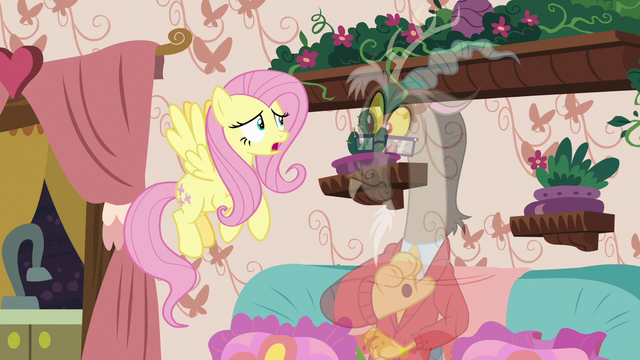File:Fluttershy tells Discord to stop being normal S7E12.png