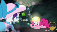 "Pinkie ""didn't want to drop another one"" S9E19"