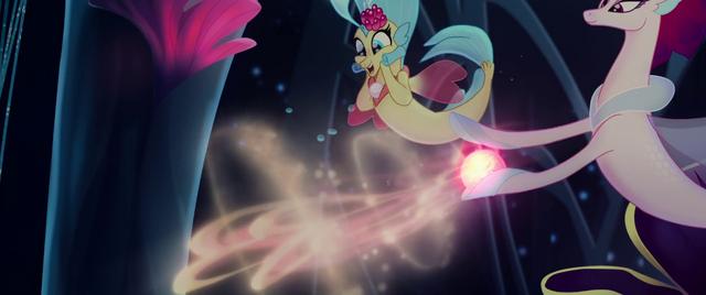 File:Queen Novo casting transformation magic MLPTM.png