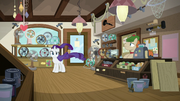 Rarity in Mr. Breezy's empty store S7E19