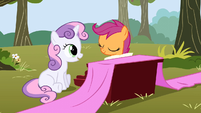 Sweetie Belle sitting whilst happy S1E18
