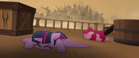 Twilight and Pinkie land on the airship deck MLPTM