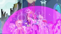 Twilight and friends watch the castle crumble S9E24