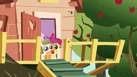 Apple Bloom, Scootaloo, and Zipporwhill watch Rarity and Sweetie leave S7E6