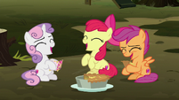 Cutie Mark Crusaders laughing together S8E10