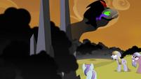 King Sombra rushing to Spike S3E2