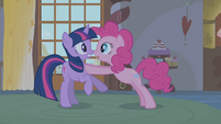 Pinkie warns Twilight about Zecora S1E09