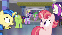 Ponies in library all gasp at Twilight S9E5