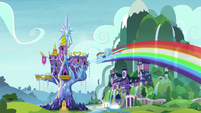 Rainbow Dash flying to the castle S9E14