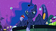 S02E04 Luna na Nightmare Night
