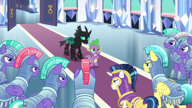 File:Spike sings A Changeling Can Change big finish S6E16.png