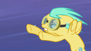 Sunshower Raindrops gives out S02E22