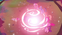 Twilight's magic surges S4E16