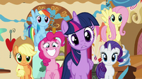 Twilight confused; Pinkie excited S5E19
