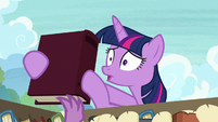 Twilight grabs library book in a panic S9E5