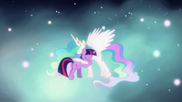 Twilight hugging Celestia S03E13