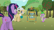 201px-Twilight Mayor and Spike S02E15
