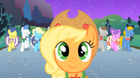 Applejack in front of Fluttershy S01E26