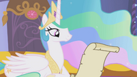 Celestia reading Twilight's letter S1E05