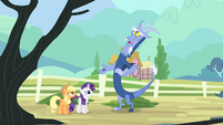 Discord 'how close they could actually be' S4E11