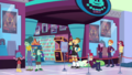 People in line outside the video game store EGDS2.png