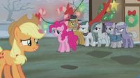 S05E20 Rodzina Pie i Applejack