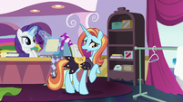 Sassy Saddles -no reason to panic- S7E6