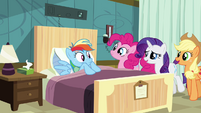 Sweating Rainbow Dash 'how's our patient doing today' S02E16