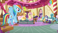 "Twilight's friends listening to Twilight ""This isn't like her!"" S5E11"