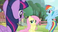 Twilight 'is scared to perform in front of everypony' S4E14