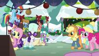 Applejack and Pinkie arrive on scene MLPBGE