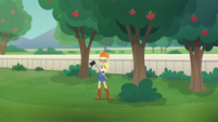 Applejack holding axe next to a tree EGDS29