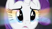 Brillo arco iris en las iris de Rarity T4E08