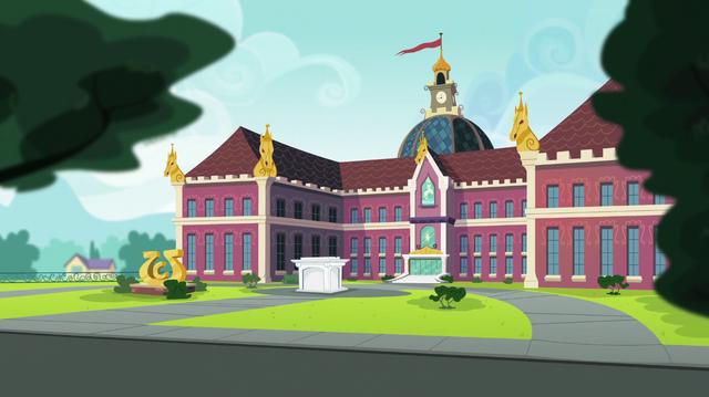 File:Canterlot High School exterior shot EGS1.png