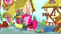 "Pinkie ""gotta get back to the bakery"" S8E18"