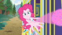 Pinkie throwing magic-ignited sprinkles EGDS12