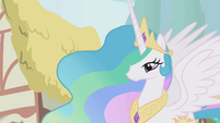 Princess Celestia looking at the crowd S1E02