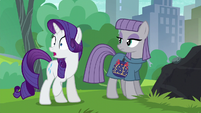 Rarity nearly spills the beans S6E3