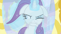Rarity using magic on her mane MLPS1
