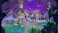 Second wide view of Canterlot Castle courtyard S9E17